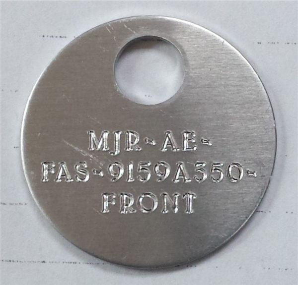 Tag d'identification gravé à la pointe diamant