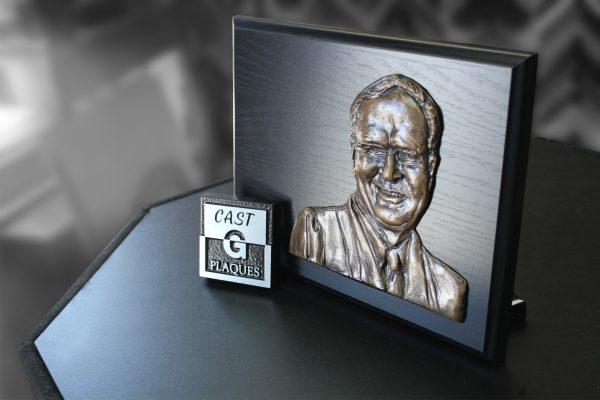 visage coulé en bas relief 3D en aluminium, cuivre et bronze