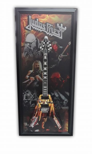 Customized framing for guitar with graphic editing and metal printing for the background